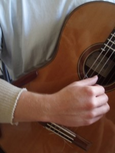 Loud Classical Guitar Hand Position